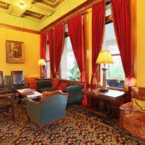 historic-victorian-castle-03