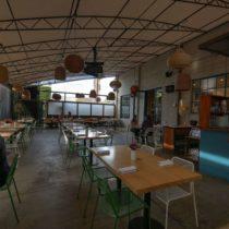 lofty-boho-chic-venice-cafe-20