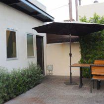 modern-ramen-cafe-14
