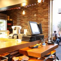 modern-ramen-cafe-21