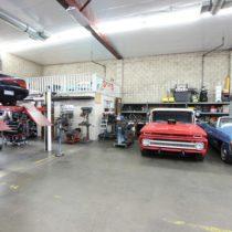 muscle-car-garage-22