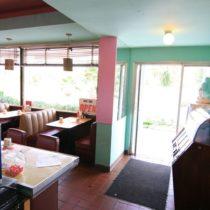 pink-s-cafe-08