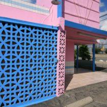 pink-s-cafe-44