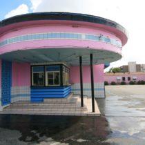 pink-s-cafe-55