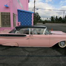 pink-s-cafe-72