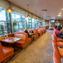 retro-era-family-diner-40