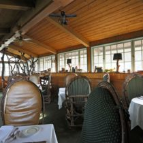 rustic-lodge-restaurant-surrounded-by-mountains-27