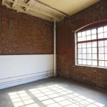 warehouse-310-19