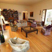 wood-floored-fairfax-house-10