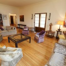 wood-floored-fairfax-house-13