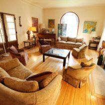 wood-floored-fairfax-house-24