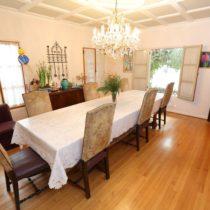 wood-floored-fairfax-house-30