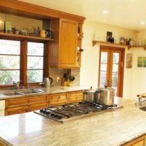 wood-floored-fairfax-house-53