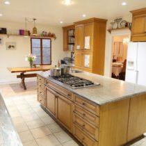 wood-floored-fairfax-house-56