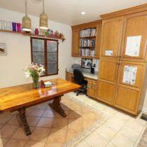 wood-floored-fairfax-house-61